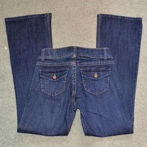 CABI size 2 Boot cut Denim Blue Jeans dark wash